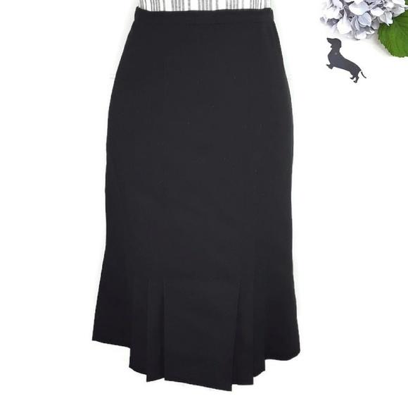 a55124174 carlisle Skirts   Black Wool Ruffle Pencil Z 6   Poshmark